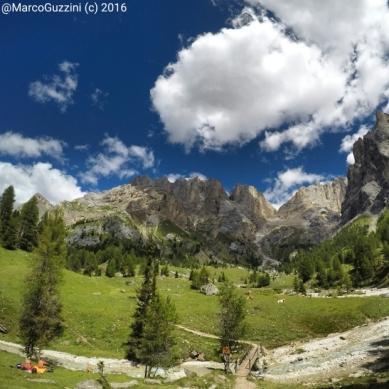 Foto: Alle spalle della Marmolada nella calma Val Contrin